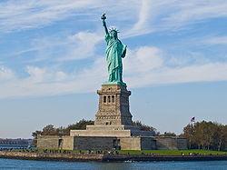 250px-Statue_of_Liberty%2C_NY