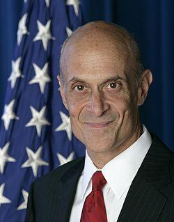 250px-Michael_Chertoff,_official_DHS_photo_portrait,_2007