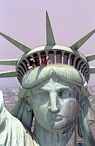 140px-Nancy_Reagan_reopens_Statue_of_Liberty_1986