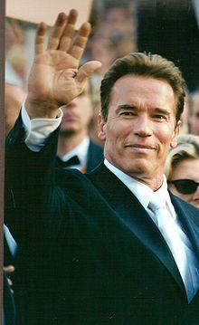 220px-Arnold_Schwarzenegger_2003
