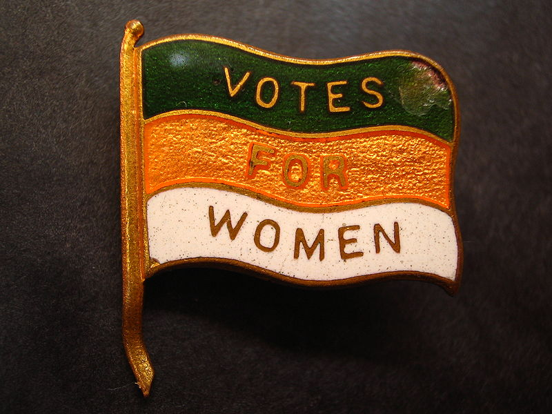 Votes_for_Women_lapel_pin_(Nancy)