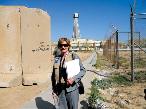 Edith_Jones_in_Iraq