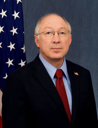 Ken_Salazar_official_DOI_portrait