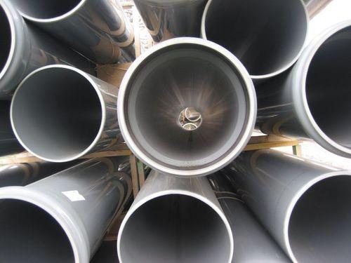 800px-Rioolbuizen_van_kunststof_(Sewer_plastic_pipelines)