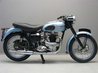 Triumph_T_110_650_cc_1954
