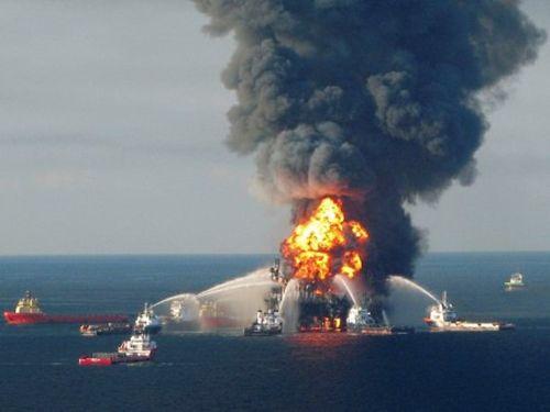 2010_-_BP_Deepwater_Horizon_Disaster_-_deepwaterhorizondisaster.com