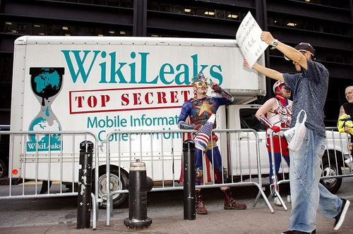 800px-Day_9_Occupy_Wall_Street_September_25_2011_Shankbone_13