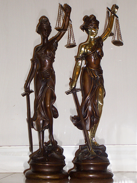 LADY_JUSTICE_15inches