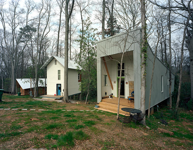 Charming Build House For Cheap #6: For Twenty Years, Students In Auburn Universityu0027s Rural Studio Architecture  Program Have Been Working To Perfect The Design Of A House That Can Be  Built For ...
