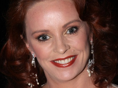 Sheena_Easton-410x307