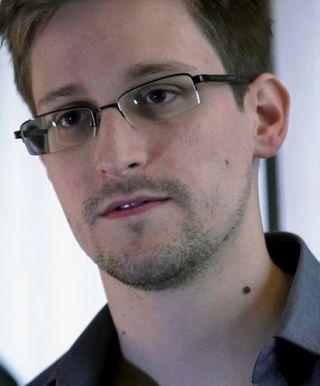 497px-Edward_Snowden