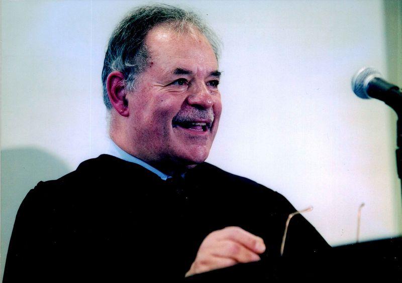 Frank Schwelb