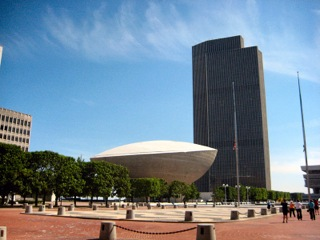 800px-The_Egg_at_Empire_State_Plaza