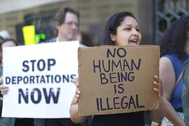 Immigration-protest-620x412