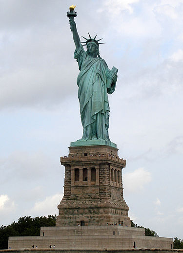 375px-Statue_of_Liberty_7