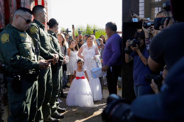Border-wedding