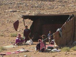 Bedouin_tent_kids_gordon
