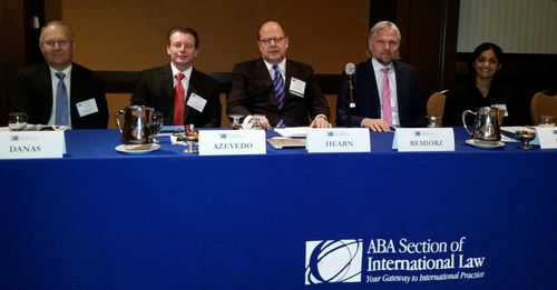 Intl-contracts-panel