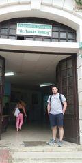 2L Student Corey Kysor Visits a Polyclinic in Havana