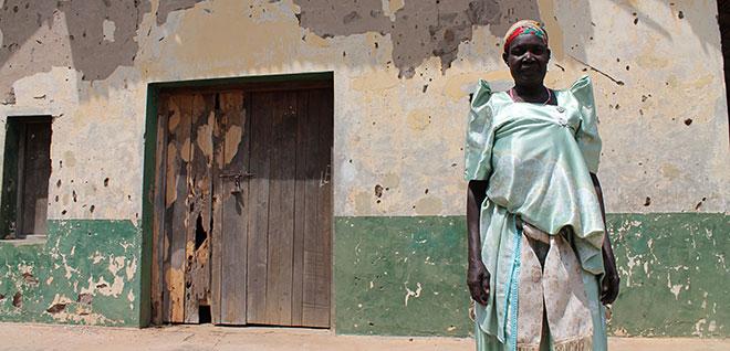 Uganda_woman_Cody_web_660w