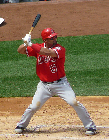 375px-Albert_Pujols_on_April_14 _2012
