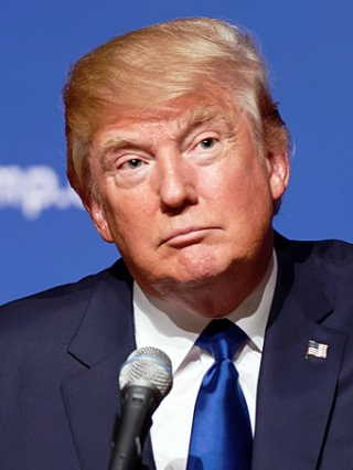 340px-Donald_Trump_August_19 _2015_(cropped)