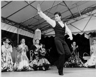 Calleros Flamenco Dancing