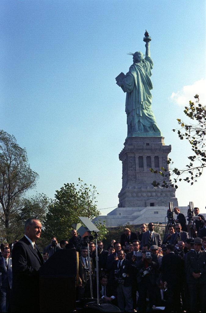 Statue-of-liberty-lbj-675x1024