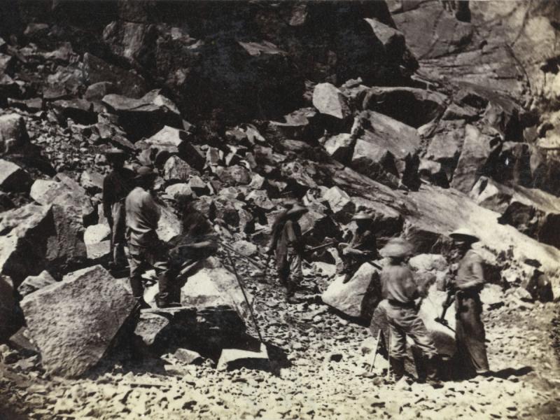Hart_laborers_rocks-1200x900