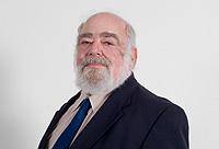 Roger-bernhardt