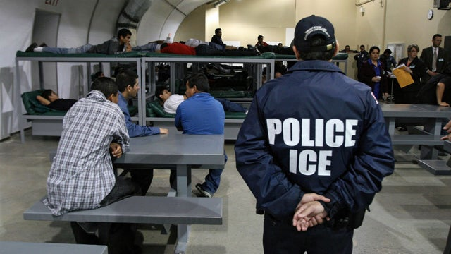 Icedetention11292016getty_0_0
