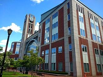 330px-Rutgers_Law_School_in_Newark_2