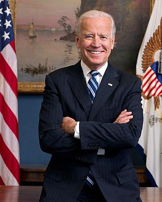 330px-Joe_Biden_official_portrait_2013