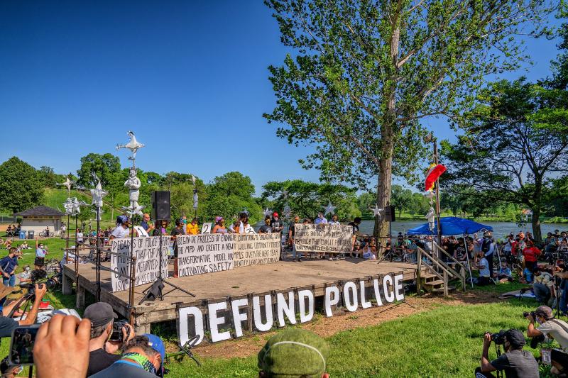 Defeund Police