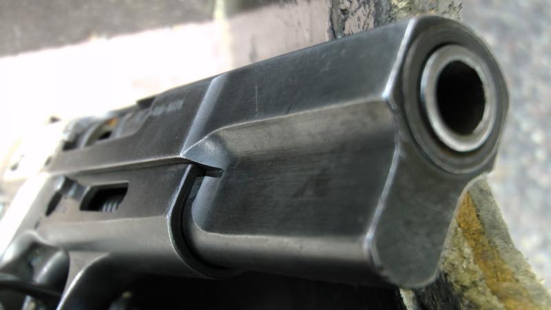Browning-handgun-pistol-close-up