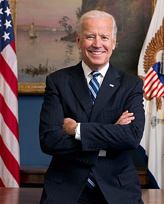 330px-Joe_Biden_official_portrait_2013