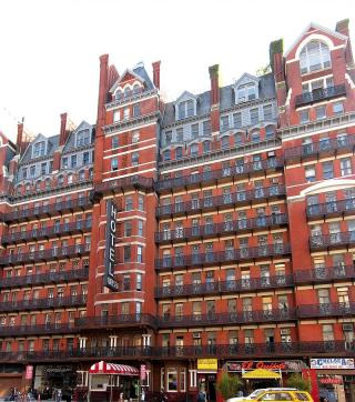 Chelsea Hotel By Velvet