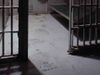Prison_cell__article