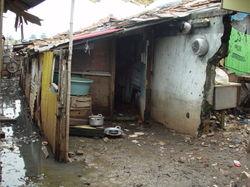800pxjakarta_slumlife16_1